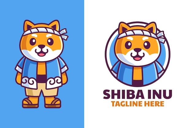 Shiba inu-hond met japanse kleding