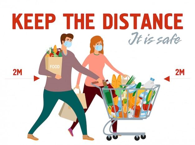Shoppers zijn beschermd tegen coronavirus. een veilige afstand houden tussen mensen. houd afstand. man vrouw in de kar van de kruidenierswinkelopslag met voedsel. meisje en jongen bij het winkelen in beschermende maskers.