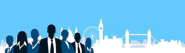 Silhouet bedrijfsmensen over london city view