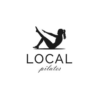 Silhouet van de vrouw zitten pose pilates gym yoga trainer logo design