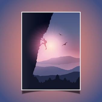 Silhouet van een bergbeklimmer het beklimmen van een berg tegen een zonsondergang hemel