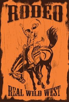 Silhouet van een cowboy die een wild paard berijdt op een houten raad
