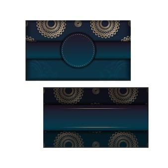 Sjabloon folder met blauwe kleurovergang met mandala gouden patroon voorbereid voor typografie.