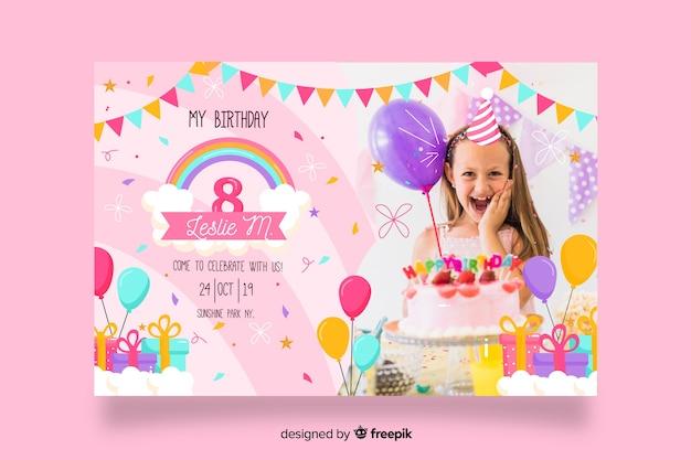 Sjabloon kinderen verjaardagsuitnodiging met afbeelding