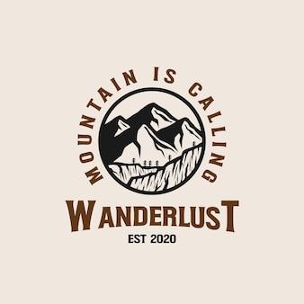 Sjabloon met logo voor bergavontuur lineart