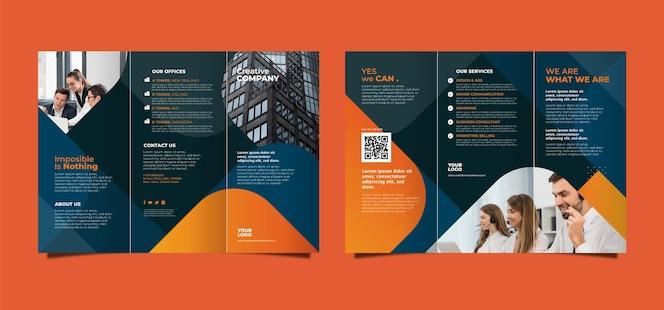 Sjabloon voor abstract driebladige brochure met voor- en achterkant