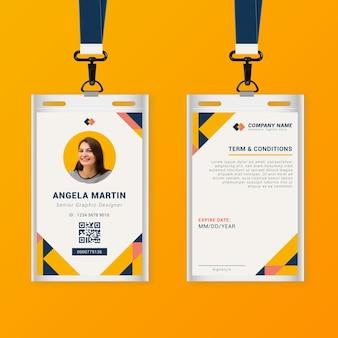 Sjabloon voor abstract voor- en achterkant verticale identiteitskaart