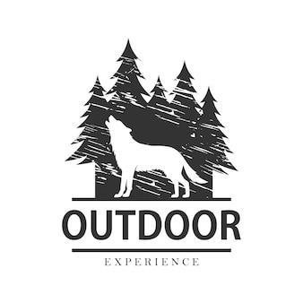 Sjabloon voor buitenontwerp en avontuurlogo. wolf illustratie