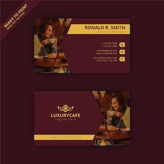 Sjabloon voor luxe restaurantvisitekaartjes voor uw project