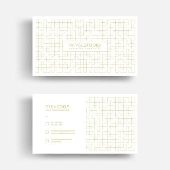 Sjabloon voor luxe visitekaartjes met patroon van abstracte gouden lijnen