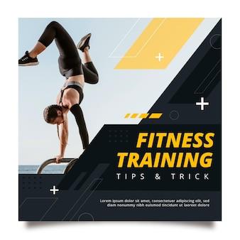 Sjabloon voor platte fitness vierkante flyer