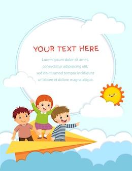 Sjabloon voor reclamefolder met gelukkige kinderen die op het papieren vliegtuigje in de lucht vliegen