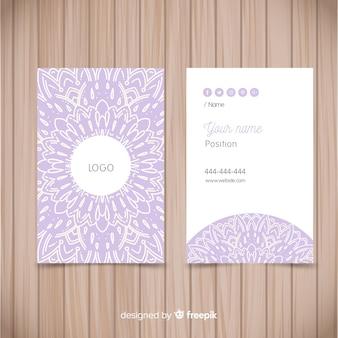 Sjabloon voor visitekaartjes in mandala-stijl