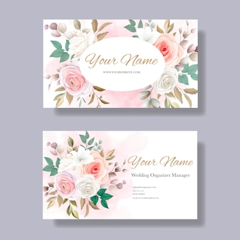 Sjabloon voor visitekaartjes met mooie bloemen