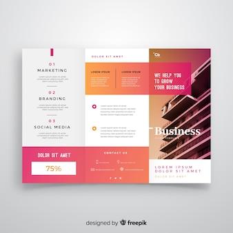 Sjabloon voor zakelijke drievoudige flyers