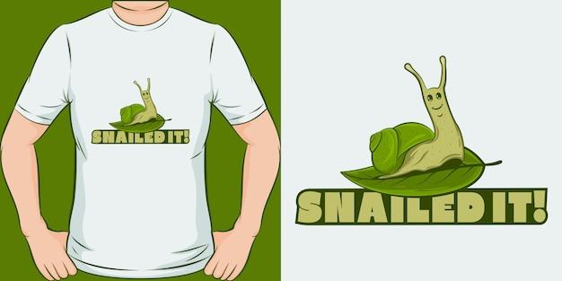 Slakte het. uniek en trendy t-shirtontwerp