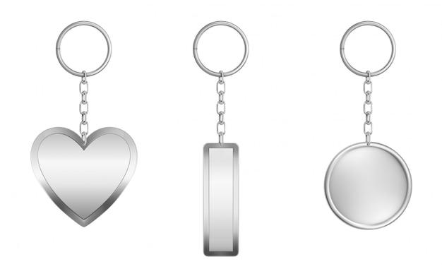 Sleutelhangers ingesteld. metaal rond, rechthoekig en hart