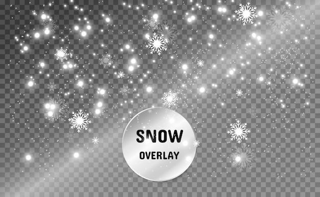 Sneeuwval. veel sneeuw op een transparante achtergrond. kerst winter achtergrond. sneeuwvlokken vallen uit de lucht.