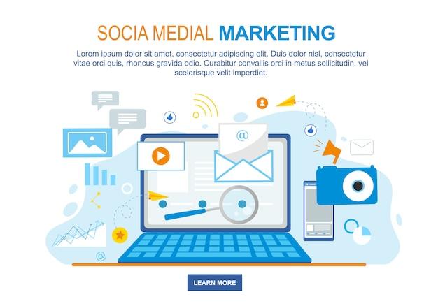 Social media marketing notebook scherm met internet pictogrammen