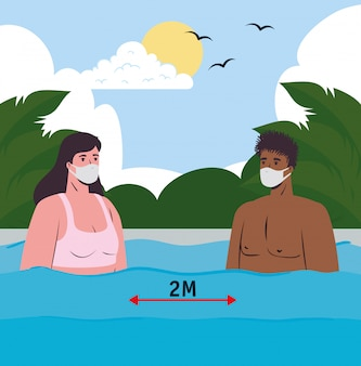 Sociale afstand op het strand, koppel met medisch masker op zee, nieuw normaal zomerstrandconcept na coronavirus of covid 19