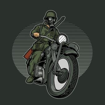 Soldaat in gasmasker rijden motorfiets
