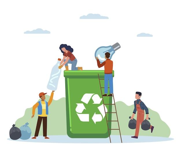 Sorteren van afval. kleine activistische mensen gooien afval in containers, vrouwen en man scheiden afval in groene kan, vervuiling beschermen en ecologie recycle concept platte vector cartoon geïsoleerde illustratie