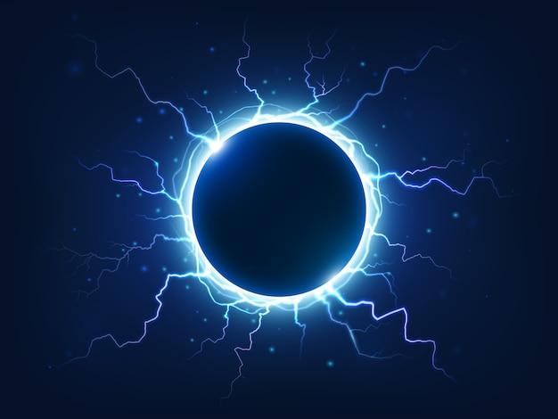 Spectaculaire elektriciteit, donderende vonk en bliksem omringen blauwe elektrische bal.