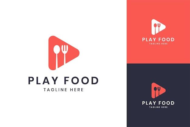 Speel negatief ruimtelogo-ontwerp voor voedsel