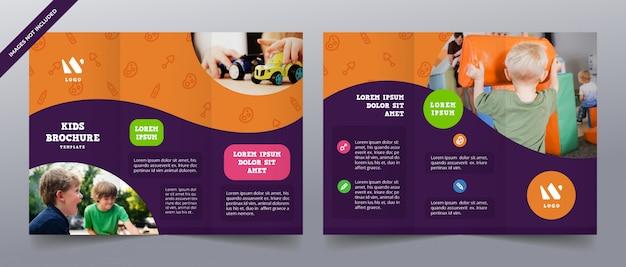 Speelse driebladige brochuremalplaatjes