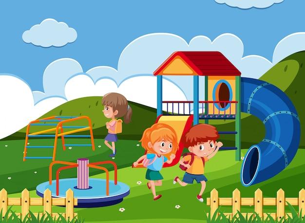 Spelende kinderen in het park