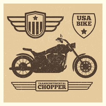 Sport motorfiets silhouet en vintage vleugel etiketten grunge