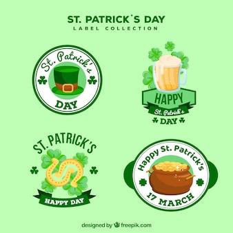 St. patrick's day labels-collectie in vlakke stijl
