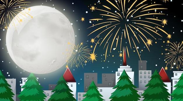 Stadsscène met uitzicht op de viering van vuurwerk vanaf het park