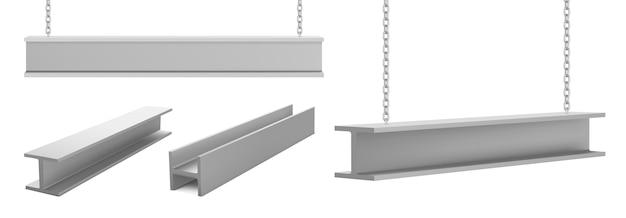 Stalen balken, rechte metalen industriële liggers die aan kettingen hangen voor constructie