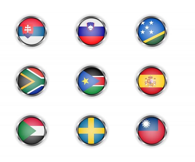 Stalen ronde knoppen met vlaggen van slowakije, slovenië, de salomonseilanden, zuid-afrika, zuid-soedan, spanje, soedan, zweden en taiwan