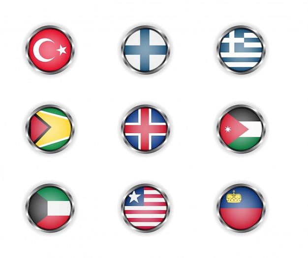Stalen ronde knoppen met vlaggen van turkije, finland, griekenland, guyana, ijsland, jordanië, koeweit, liberia en liechtenstein