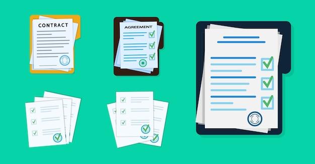 Stapel documenten met handtekening en zegel.