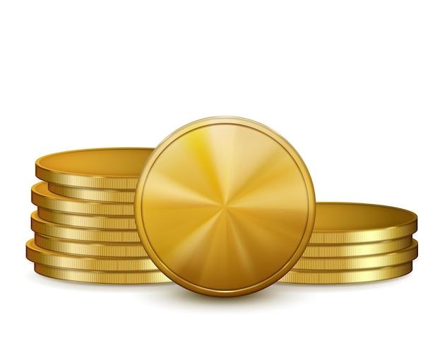 Stapels gouden munten, geïsoleerd op een witte achtergrond