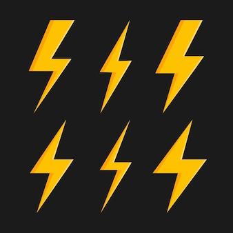 Stel bliksemschicht in. blikseminslag, blikseminslag. moderne vlakke stijl vectorillustratie.