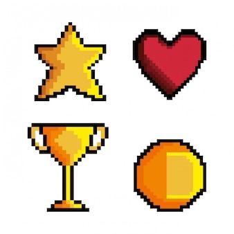 Stel spel pixel figuur geïsoleerde pictogram