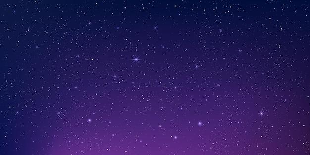 Sterrenstof in een diep universum en helder schijnende sterren op de achtergrond van het universum