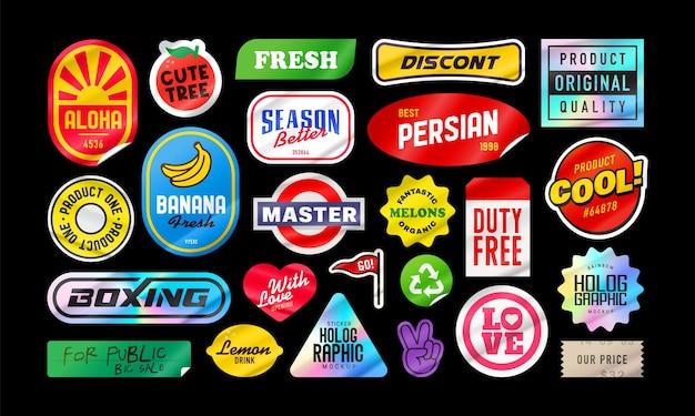 Stickerpakket. verpakking met stickers. gepelde papieren stickers. productverpakking met transparant plastic pakket. geïsoleerde vector op zwarte achtergrond