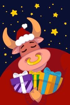 Stier in een kerstmuts en een rode trui met cadeautjes tegen de achtergrond van de sterrenhemel.