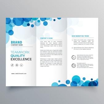 Stijlvolle creatieve blauwe cirkels driebladige brochure template