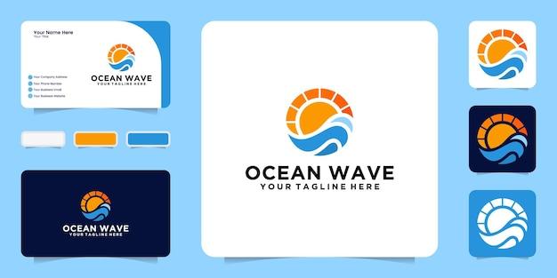 Strandgolven en zonsonderganglogo-ontwerp met visitekaartje