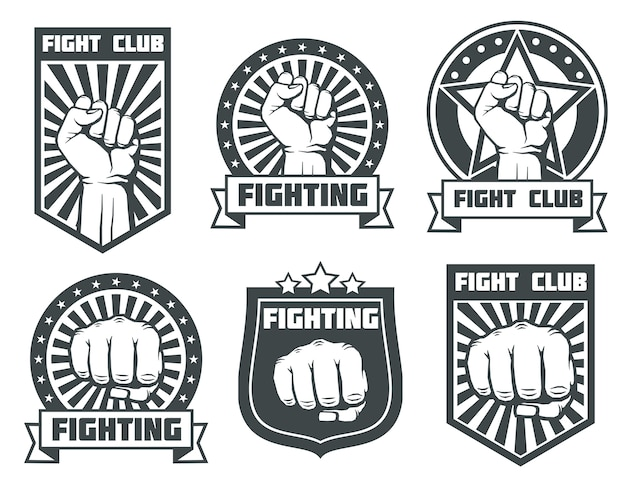 Strijdclub met vuist uitstekende etiketten, emblemen, emblemen vectorreeks. bokssport, kickboksen logo