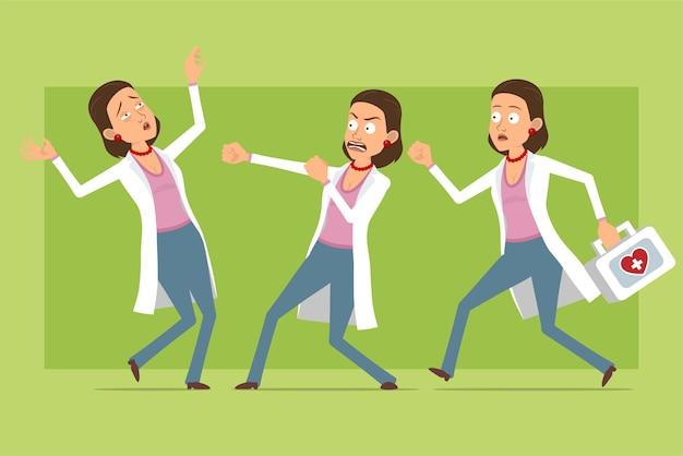 Stripfiguur plat grappige dokter vrouw in wit uniform. meisje vechten en rennen met ehbo-kit. klaar voor animatie. geïsoleerd op groene achtergrond. set.