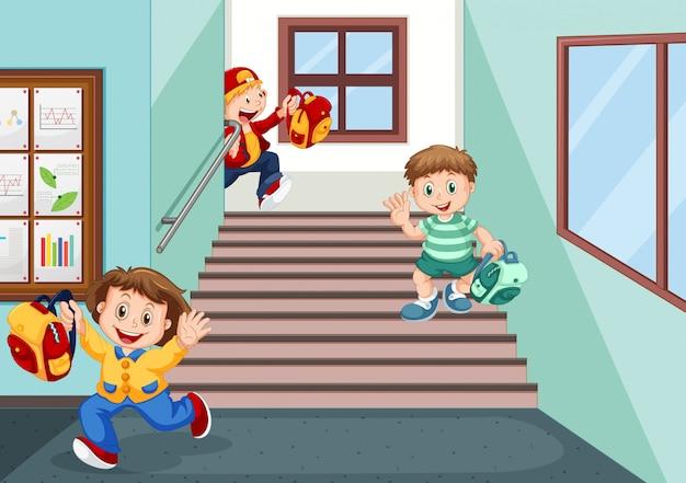 Studenten gaan naar huis na school