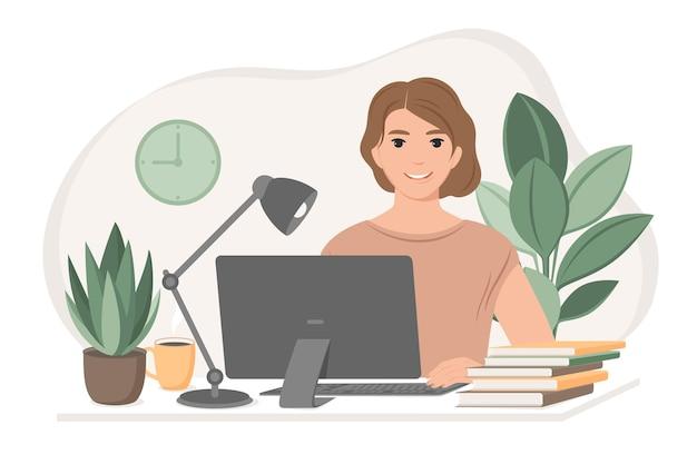 Studentvrouw die zich voorbereidt op examens met behulp van online cursussen freelancer die vanuit huis werkt
