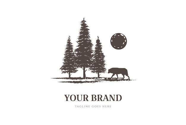 Sunset pine cedar spar sparren met wolf voor wilderness adventure logo design vector